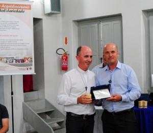 Diácono Ideraldo Paloschi, Co fundador da Comunidade Bethânia, recebeu a homenagem do prêmio Iniciativa Solidária na Arquidiocese de Florianópolis-SC
