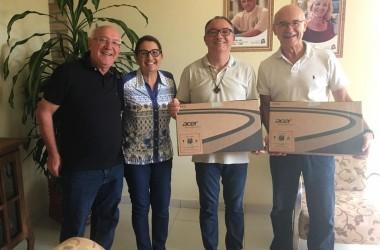 Comunidade Bethânia é contemplada com dois notebooks novos