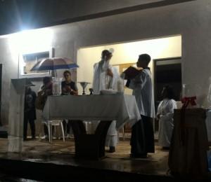 Adoração ao Santíssimo Sacramento é realizada no recanto Itaperuna