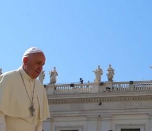 """Em novo livro-entrevista, Papa Francisco garante: """"O nome de Deus é misericórdia"""""""