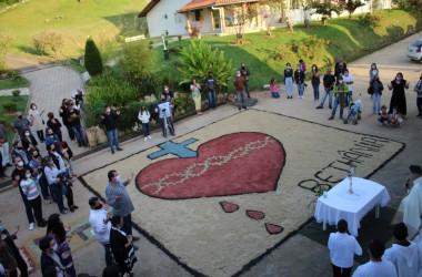 Comunidade Bethânia celebra solenidade de Corpus Christi