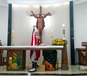 Santa Missa com Padre Elinton, Paroquia Bom Jesus em Guarapuava-PR