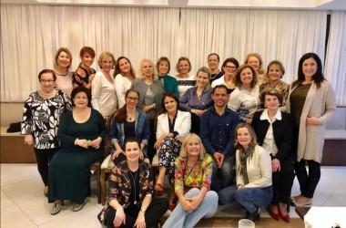 Consagrados pregam no Grupo de Oração das Mulheres, em Florianópolis