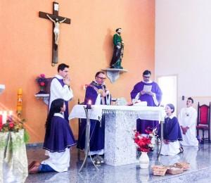 Missa Festiva no Recanto Irati-PR, presidida por Pe. Lúcio e Pe. Elinton