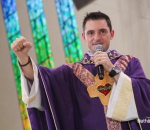 Padre Elinton Costa presidirá Santa Missa  no Santuário Pai das Misericórdias
