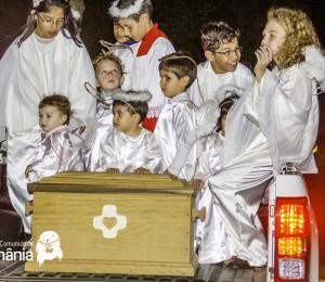 Comunidade Bethânia recebe os restos mortais de Pe Léo