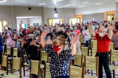 Comunidade Bethânia prestigia lançamento do programa Cidade Amiga do Idoso em Irati (PR)