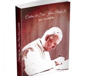 """CNBB lança livro """"Cartas de São João Paulo II aos sacerdotes"""""""