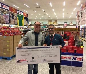 Bethânia recebe último cheque do programa Troco Solidário