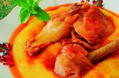 Tradicional Polenta com Galinha ocorre no próximo mês em Brusque