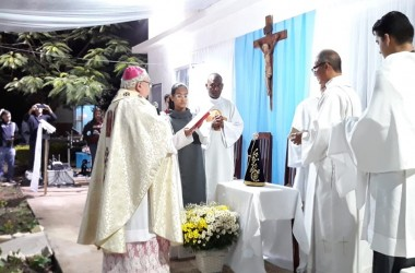 Recanto Itaperuna (RJ) recebe entronização de Nossa Senhora Aparecida