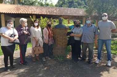 Comitiva da Prefeitura de Volta Redonda visita Recanto Lorena