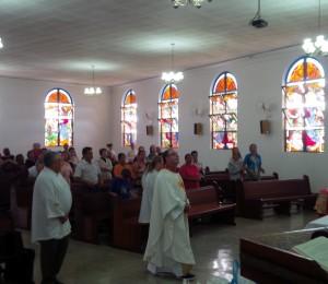 Padre Lucio Tardivo esteve no Recanto Guarapuava/PR para juntos celebrar com filhos e filhas as celebrações do Recanto