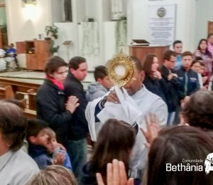 Santa Missa com Padre Vicente no Recanto Irati-PR