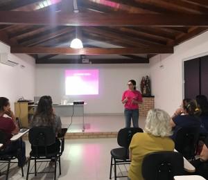 Filhas e consagradas de Bethânia recebem visita de médica ginecologista