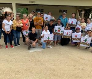 Oficina de Artesanato envolve Filhos e Filhas de Bethânia