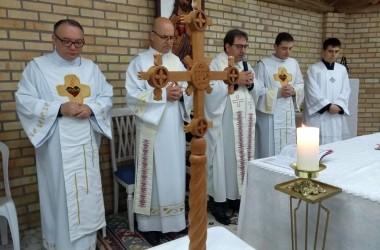 Comunidade Bethânia recebe Cruz Missionária em São João Batista