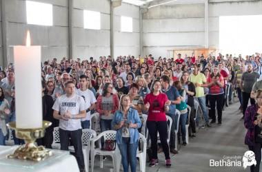 Kairós com Ironi Spuldaro atrai mais de mil pessoas