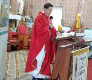 Santa Missa com Padre Elinton na Catedral Nossa Senhora de Belém.