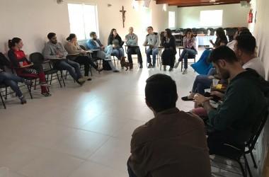 Equipe técnica discute projeto pedagógico de acolhimento e restauração