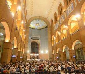 Aparecida aguarda 400 mil peregrinos para feriado prolongado da Festa da Padroeira