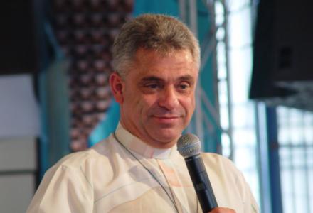 Histórias do Padre Léo, confira alguns vídeos