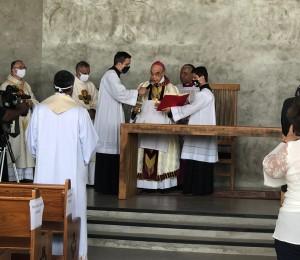 Rito solene consagra altar e Capela Sagrado Coração de Jesus em Lorena (SP)