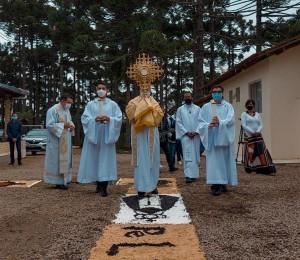 Comunidade Bethânia em Curitiba recebe visita de Dom Peruzzo