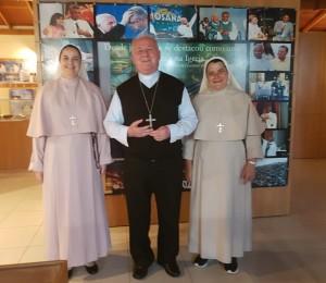 Dom Wilson e Irmãs do Instituto de Nossa Senhora do Conselho visitam Centro Cultural Memorial Padre Léo